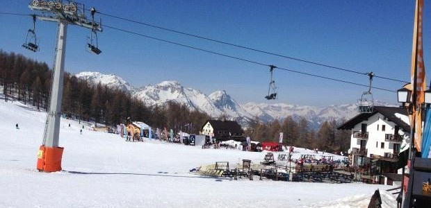 Waar kan je in april 2014 nog skiën?